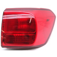 OEM Kia Sedona Right Passenger Side Tail Lamp Lens Chip 92402-A9420