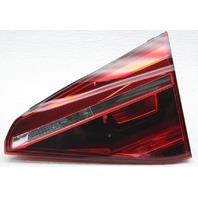 OEM Passat Right Passenger Side Halogen Tail Lamp 561945094G Trim Gone