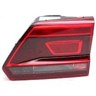 OEM Volkswagen Atlas Halogen Tail Lamp Lens Chips 3CN945094A