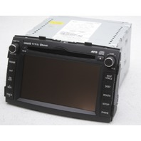 OEM Kia Sorento AM-FM CD MP3 EQ Satellite Navigation 96560-1U001