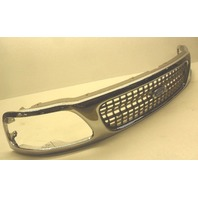 NOS New Genuine OEM 1997-1998 Ford Expedition Front Grille Grill Chrome Cracked