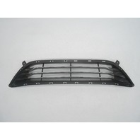 OEM 2011-2013 Hyundai Elantra Grille Scratches Pits Missing 3 Pegs 86560-3Y200