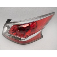 OEM Nissan Altima Right Passenger Side Tail Lamp Lens Chips