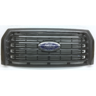 OEM Ford F150 XLT Front Grill With Emblem - Scratches