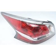 OEM Nissan Altima Left Driver Side Tail Lamp Small Lens Chips