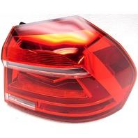 OEM Volkswagen Passat Right Passenger Quarter Mounted Tail Lamp 561-945-208-B