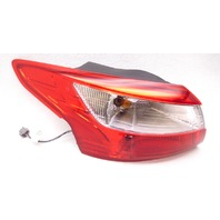 OEM Ford Focus Sedan Left Driver Outer Tail Light Tail Lamp-Lens Chip