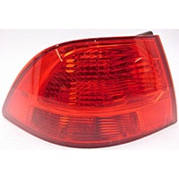 OEM Kia Optima Magentis Left Driver Side Quarter Mount Tail Lamp 92401-2G620