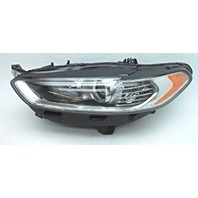 OEM Ford Fusion Left Driver Halogen Headlamp DS7Z-13008-B Tab Gone Housing Crack