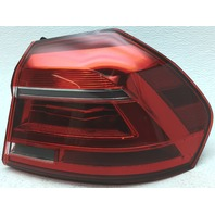 OEM Volkswagen Passat Right Tail Lamp Chrome Spots 561945208B