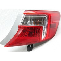 OEM Toyota Camry Right Passenger Side Tail Lamp 81550-06470