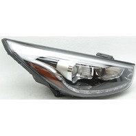 OEM Hyundai Tucson Right Passenger Side Headlamp 92102-2S560
