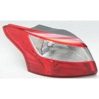 OEM Ford Focus Left Tail Lamp Lens Chip DM5Z-13405-E