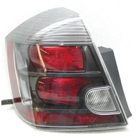 OEM Sentra SE-R Spec Left Driver Side Halogen Tail Lamp 26555-ET80C Lens Crack