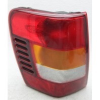 OEM Jeep Grand Cherokee Left Driver Side Halogen Tail Lamp 5101897AB Lens Crack