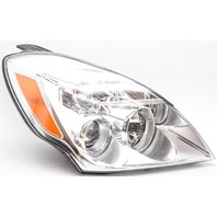 OEM Hyundai Entourage Right Passenger Side Headlamp Tab Missing 921024J000