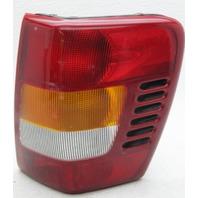 OEM Grand Cherokee Right Passenger Side Halogen Tail Lamp 55155138AJ Lens Crack