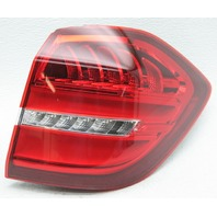 OEM Mercedes-Benz GLS-Class Right Side LED Tail Lamp 1669060402 Lens Chip