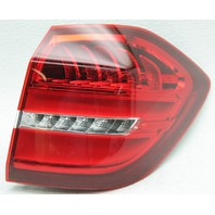 Export OEM Mercedes-Benz GLS-Class Right Side LED Tail Lamp 1669066202 Stud Gone