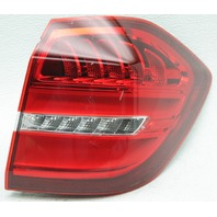 OEM Mercedes-Benz GLS-Class Right Side LED Tail Lamp 1669060402 Lens Crack Chip