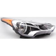 OEM Hyundai Veloster Right Passenger Side Halogen Headlamp 921022V000