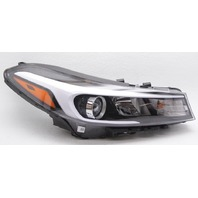OEM Kia Forte Right Passenger Side Halogen Headlamp 92102B0700 2 Tabs Gone