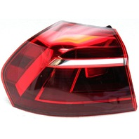 OEM Volkswagen Passat Left Tail Lamp 561945095P
