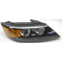 OEM Kia Sorento Right Passenger Side Halogen Headlamp 92102-1U200
