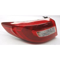 OEM Hyundai Sonata Left Tail Lamp Corner Lens Chip 92401-C2000