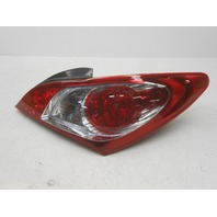 OEM Hyundai Genesis Right Tail Lamp Water Spots 92402-2M050