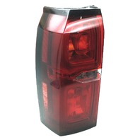 OEM Chevrolet Tahoe Left Driver Side Tail Lamp 23476137 Lens Crack