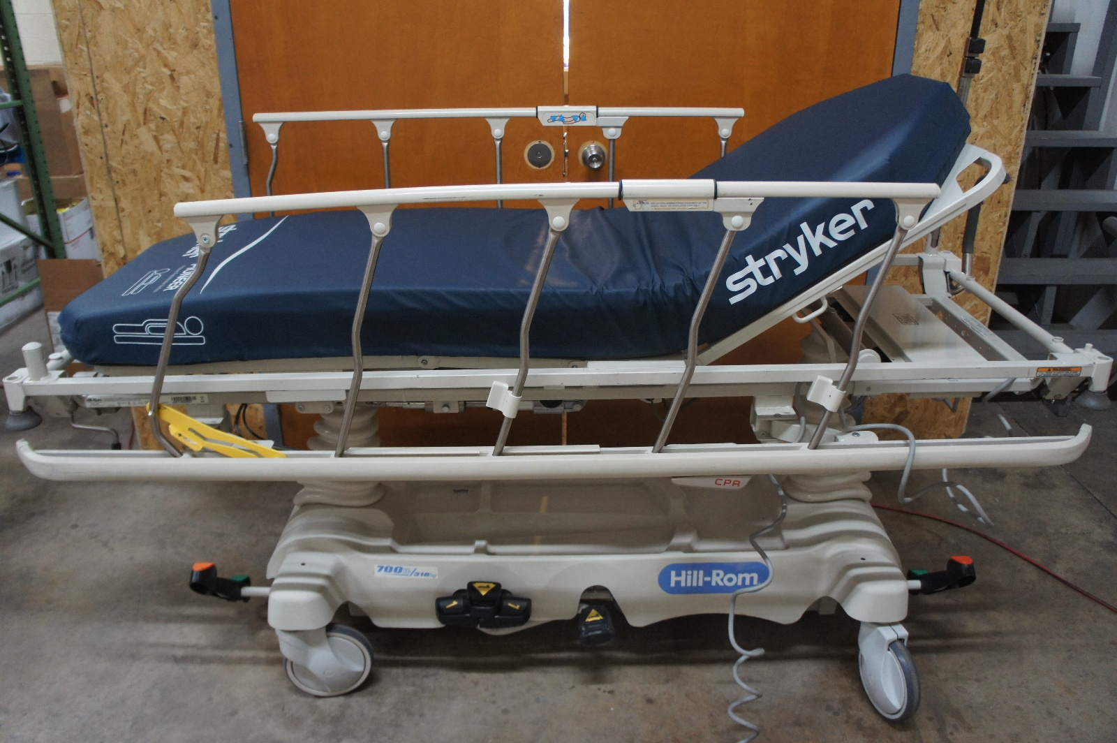 hill rom p8020 transtar electric stretcher 700lb ebay. Black Bedroom Furniture Sets. Home Design Ideas