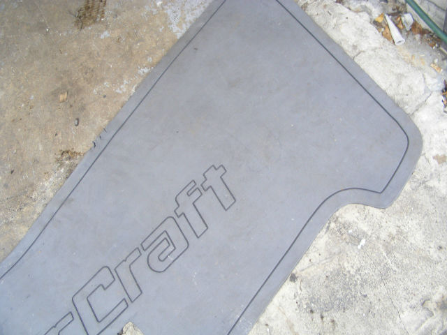 Mastercraft Gray 72 X 30 Non Skid Floor Mat Platform