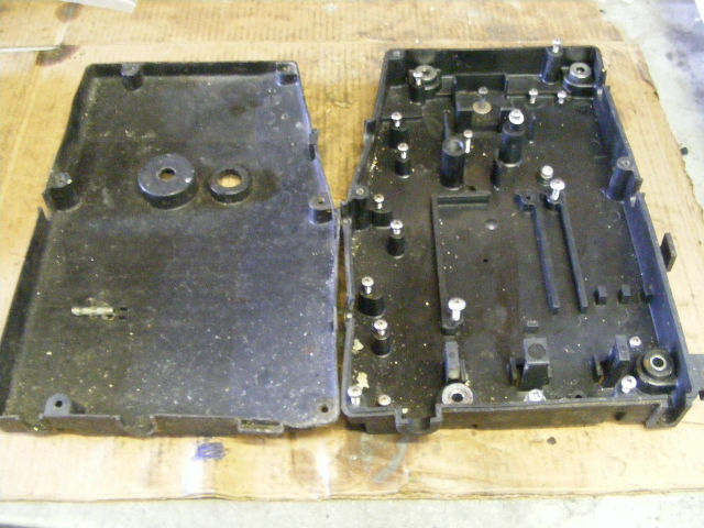Suzuki 115 hp cdi electric box back cover of 1984 outboard for Yamaha outboard cdi box