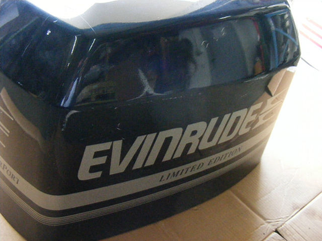johnson evinrude omc     hp engine cover  finger port outboard ebay