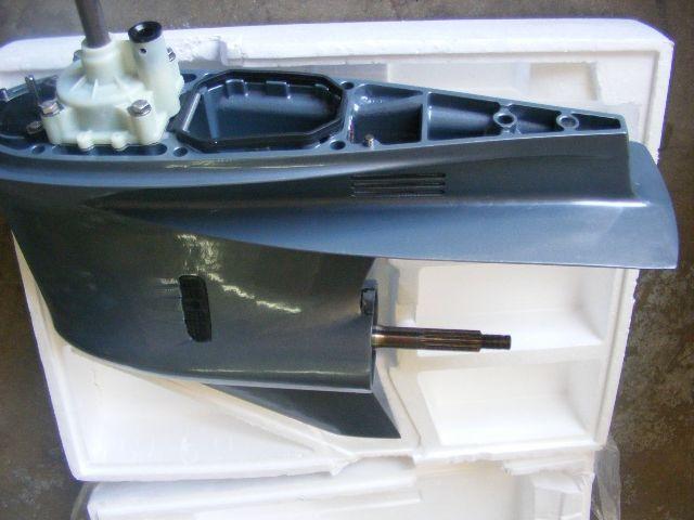 Right yamaha v vx 200 225 lower unit casing 20 shaft for Yamaha outboard lower unit rebuild