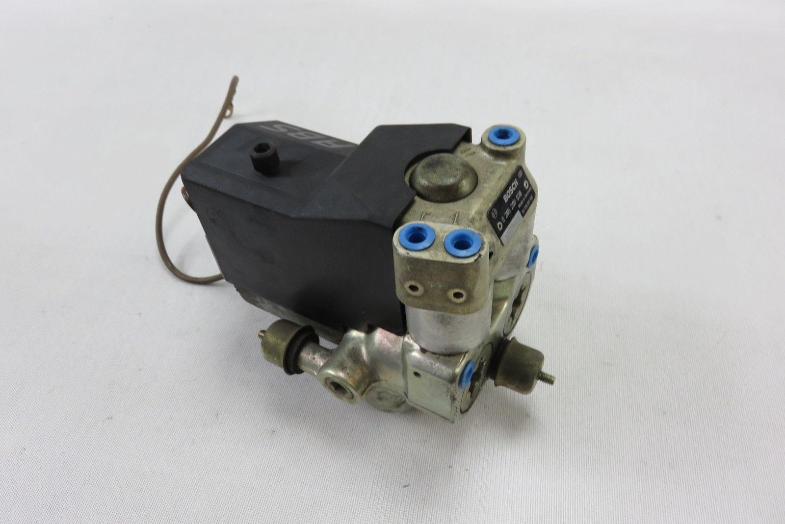 92 Porsche 968 anti lock abs brake pump 0265200038 oem Bosch   S Auto Parts