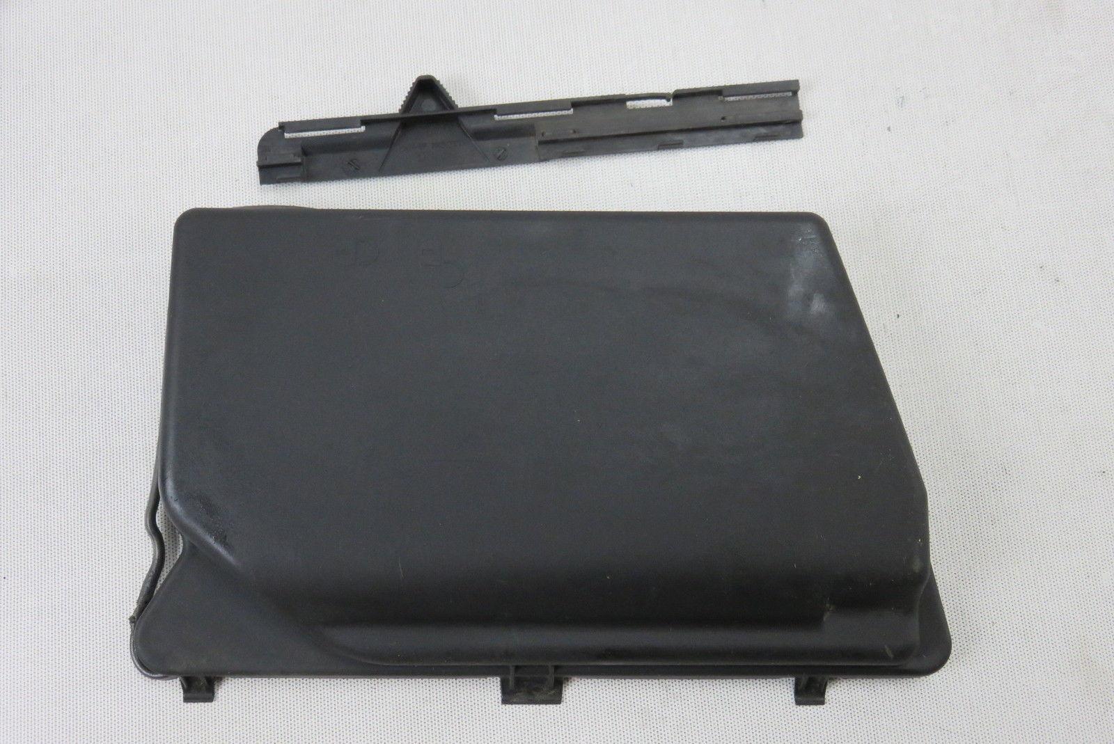 03 Mercedes R230 SL55 left under hood fuse box cover 2305400082 ...