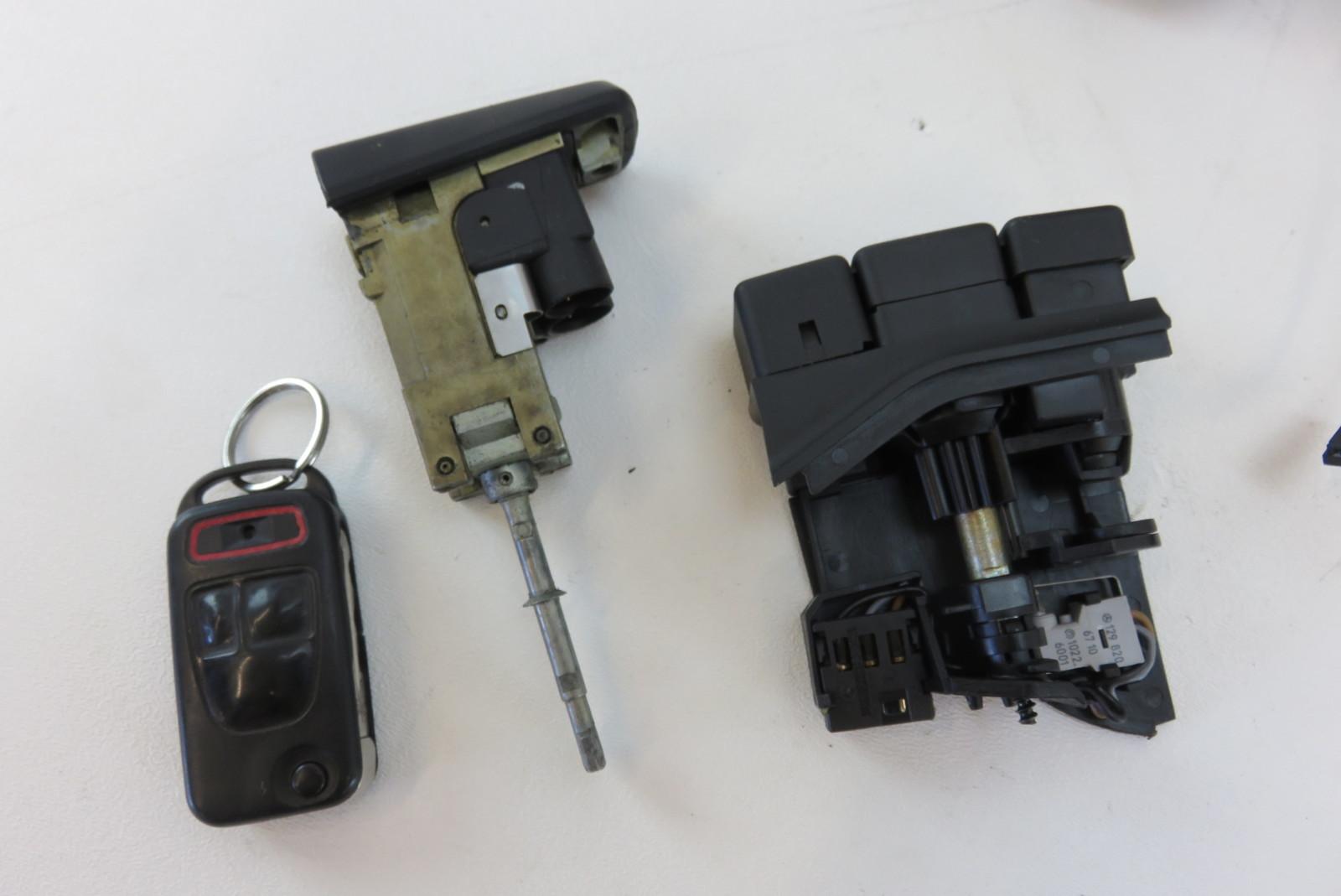 98 Mercedes R129 Sl500 Sl320 Lock Set Ignition Door