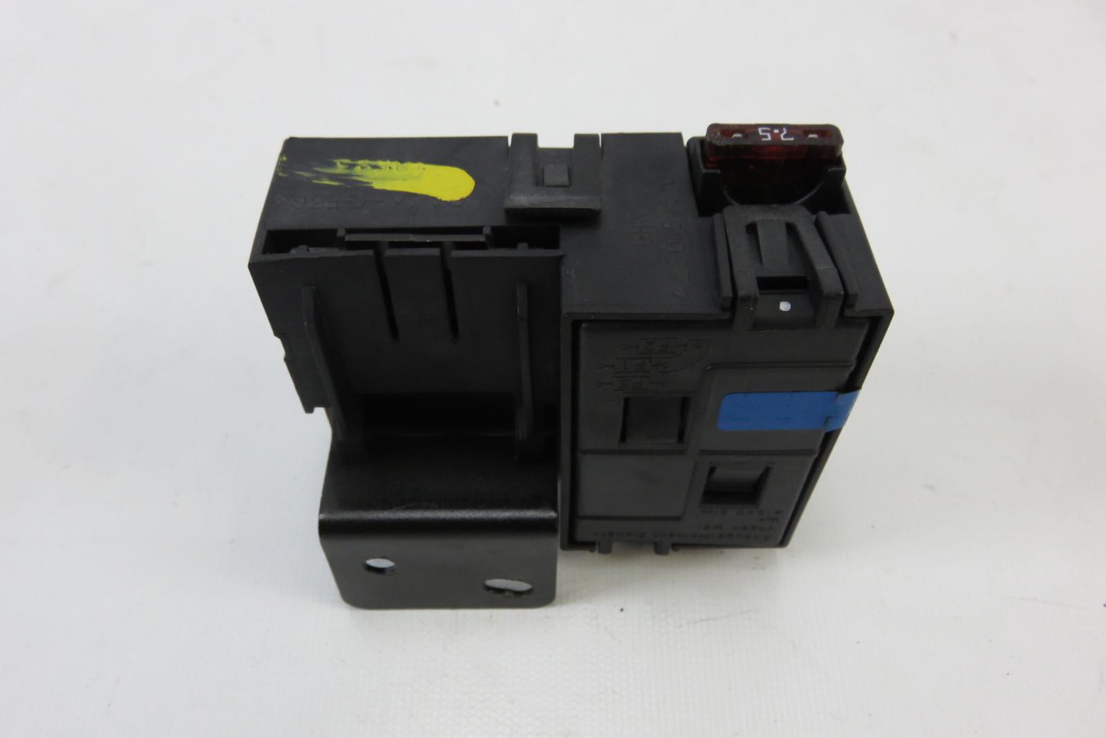 Mercedes R230 SL55 SL500 fuse box, 2305450101 SL65 SL63 ...
