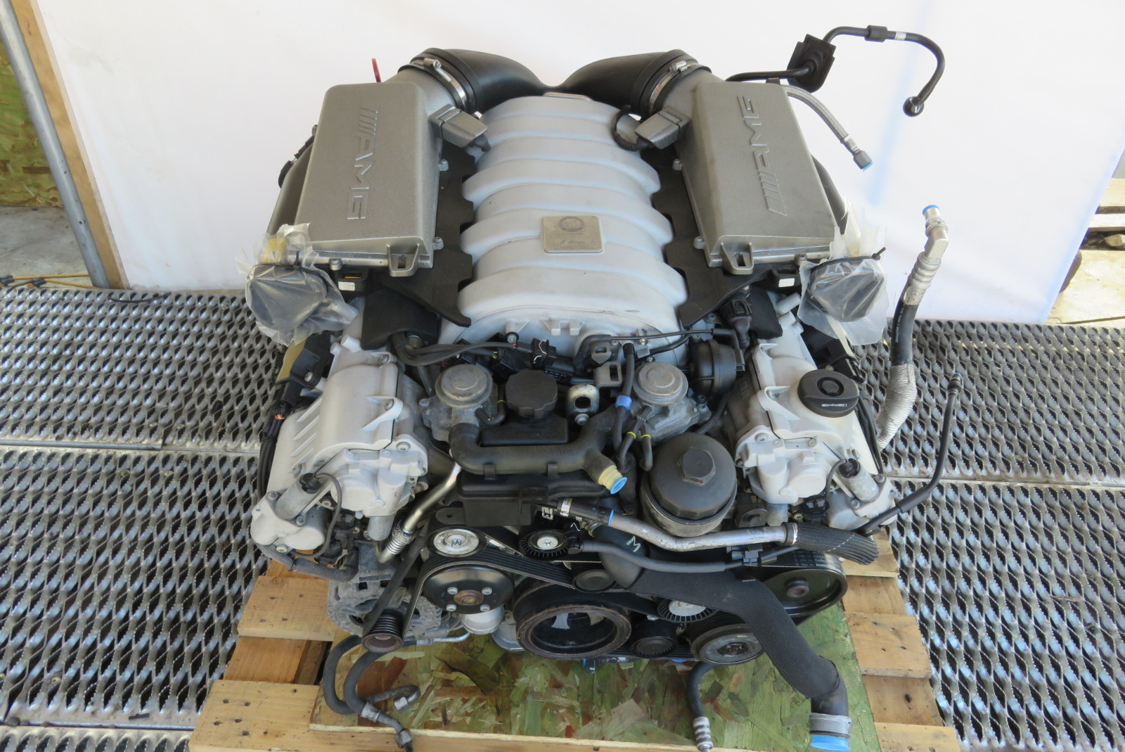 07 Mercedes W211 E63 Engine Motor V8 Amg 63 Video Inside Db165553 moreover Kess Ecu Remapping Alientech also Used Land Rover Freelander 2 Review Pictures besides Used Land Rover Defender Buying Guide Gallery additionally Mercedes S500 Amg 2014 Pictures. on used land rover