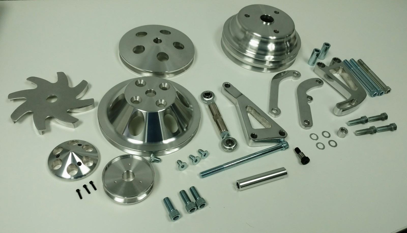 Small Block Chevy Long Water Pump Pulley And Bracket Kit