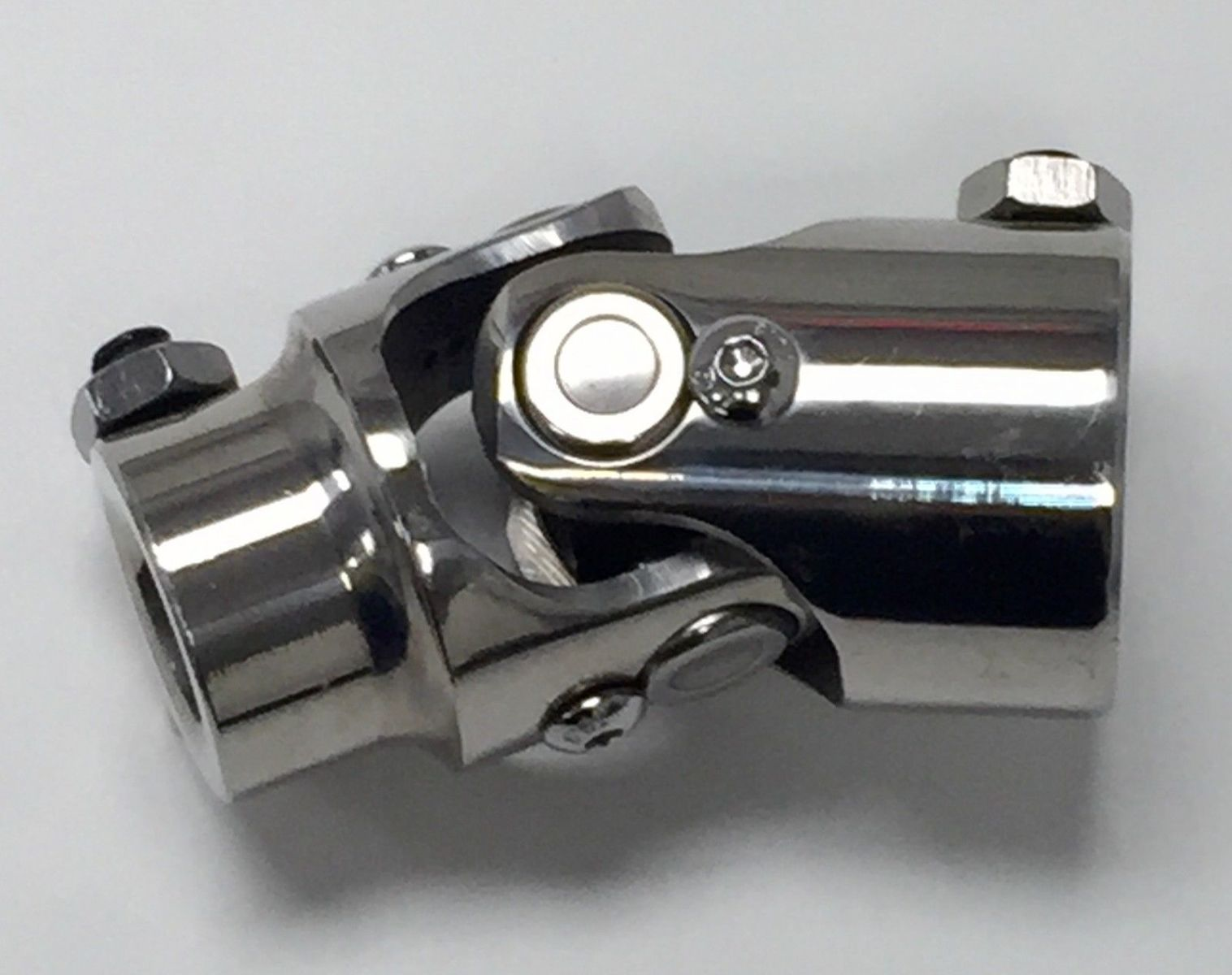 Polished stainless steel universal single steering u joint