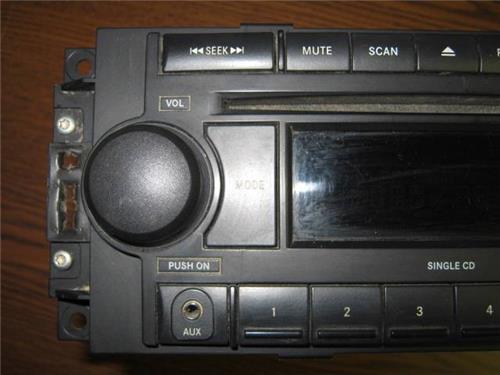 06 10 Dodge Ram 1500 2500 3500 Oem Am Fm Aux Cd Player