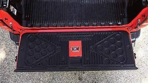 07 15 Toyota Tundra Truck Bed Liner Tailgate Pong Beer
