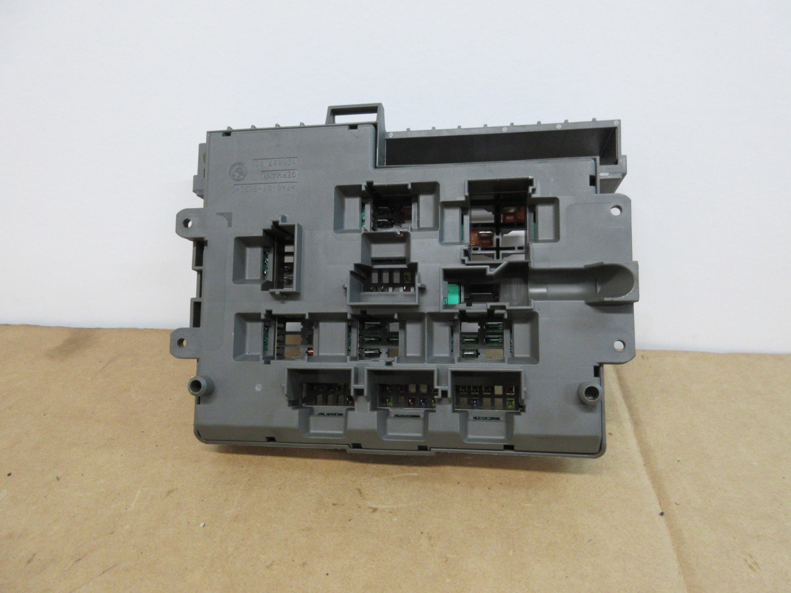 2013 Bmw 335is 335i E92 Power Distribution Fuse Relay Box