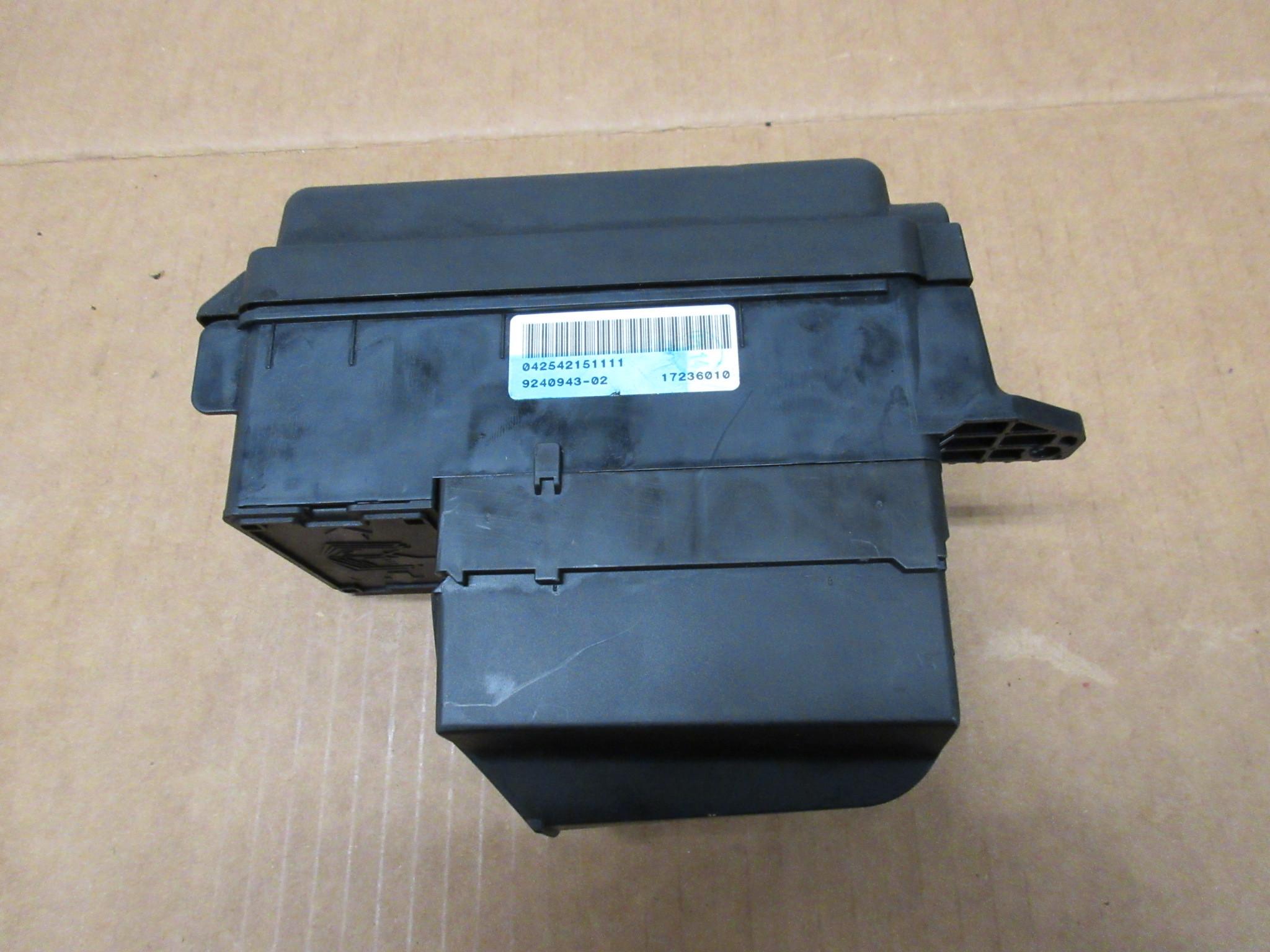 Mini Cooper Fuse Box Legend : Mini cooper s r engine bay fuse relay