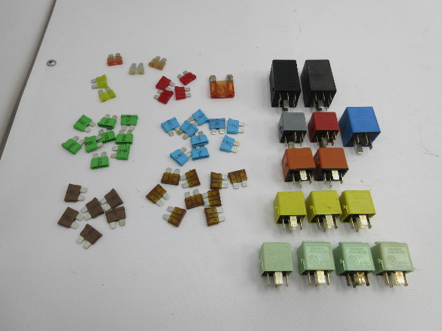 1998 BMW Z3 M Roadster E36 #1045 Fuse & Relay SET OEM 57PCS