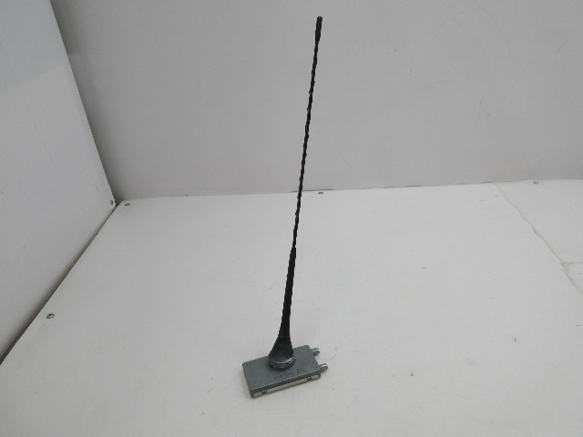 01-06 BMW M3 E46 Convertible #1047 Radio Antenna & Mast 65206909606