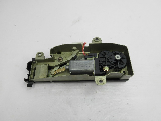 01-06 BMW M3 E46 Convertible #1047 Top Cover Lid Drive Motor 51258248308
